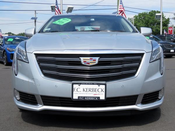 Cadillac XTS 2018 Radiant Silver Metallic For Sale $50940 Stock Number 67728K 10799_p3