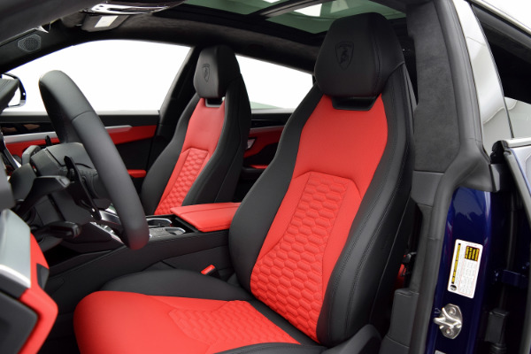 Lamborghini Urus 2019 Blu Astraeus For Sale $240362 Stock Number 19L131 10925_p18