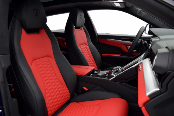 Lamborghini Urus 2019 Blu Astraeus For Sale $240362 Stock Number 19L131 10925_p30