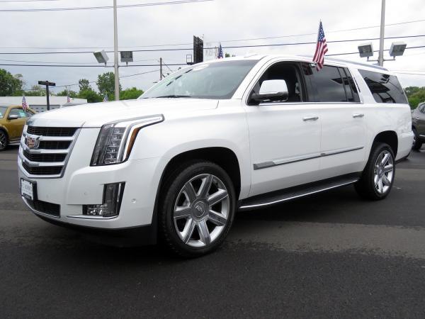 Cadillac Escalade ESV 2018 Crystal White Tricoat For Sale $90635 Stock Number 67844K 11132_p4