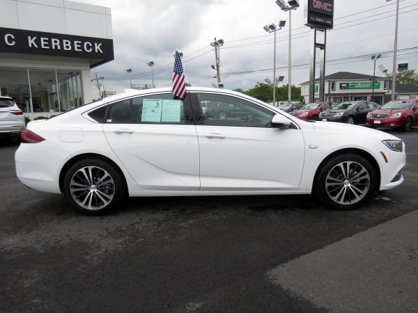 Buick Regal Sportback 2018 Summit White For Sale $26149 Stock Number 5965JO 11179_p8