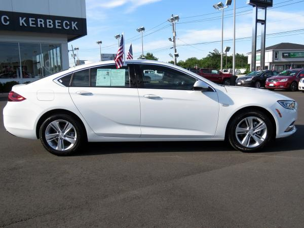 Buick Regal Sportback 2018 Summit White For Sale $25059 Stock Number 5976JO 11265_p8
