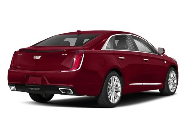 Cadillac XTS 2018 Red Horizon Tintcoat For Sale $52150 Stock Number 67892K 11346_p3