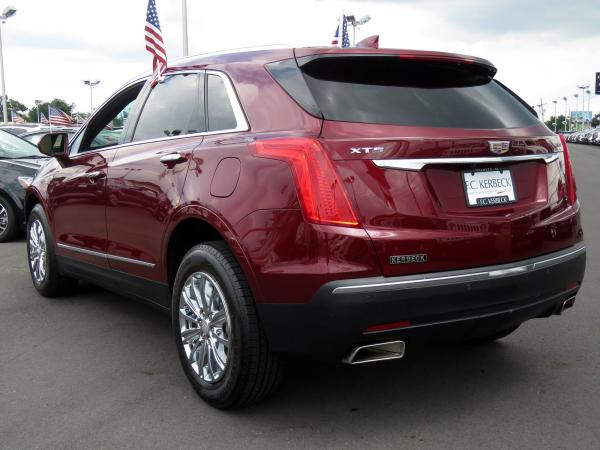 Cadillac XT5 2017 Red Passion Tintcoat For Sale $48680 Stock Number 67900K 11397_p5