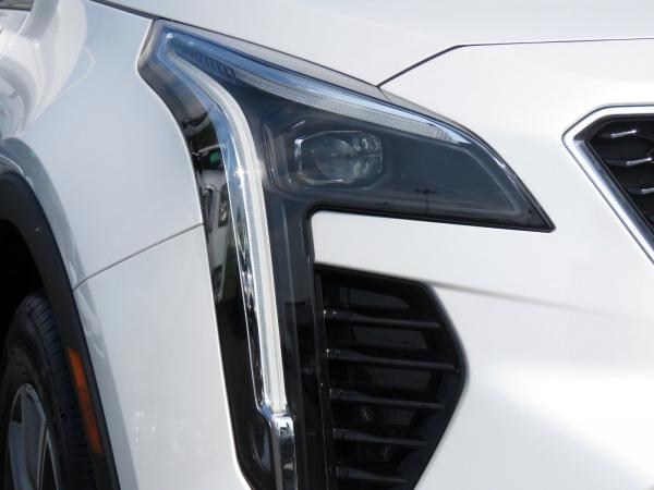 Cadillac XT4 2019 Crystal White Tricoat For Sale $47865 Stock Number 67952K 11510_p10