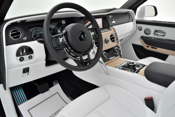Rolls-Royce Cullinan 2019 Arctic White For Sale $397750 Stock Number 20L101AJI 11575_p16