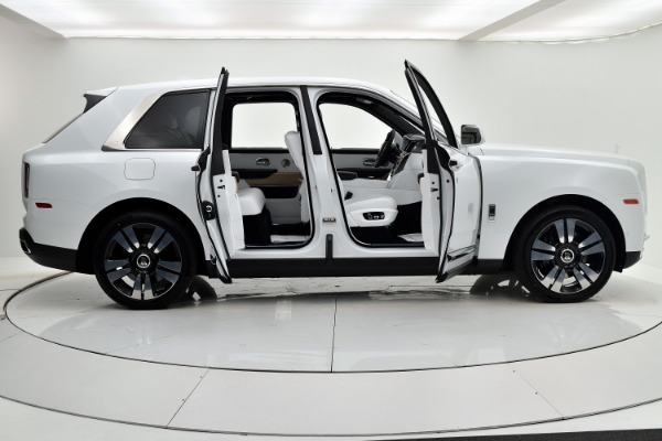 Rolls-Royce Cullinan 2019 Arctic White For Sale $397750 Stock Number 20L101AJI 11575_p29