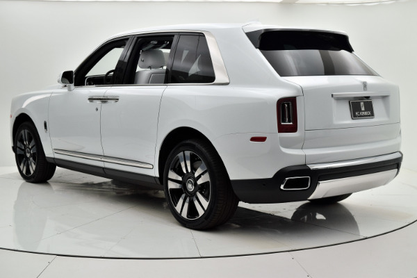 Rolls-Royce Cullinan 2019 Arctic White For Sale $397750 Stock Number 20L101AJI 11575_p4