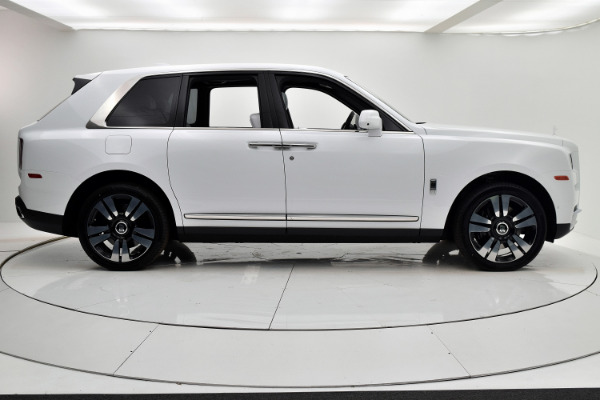 Rolls-Royce Cullinan 2019 Arctic White For Sale $397750 Stock Number 20L101AJI 11575_p7