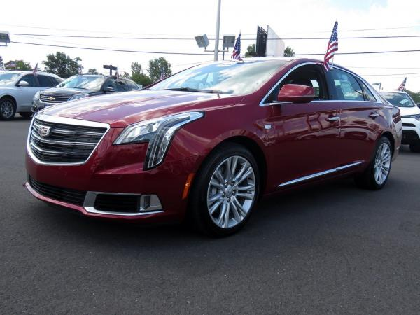 Cadillac XTS 2018 Red Horizon Tintcoat For Sale $52615 Stock Number 67993K 11619_p4