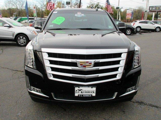 used 2016 cadillac escalade luxury collection for sale 64 990 fc kerbeck lamborghini. Black Bedroom Furniture Sets. Home Design Ideas