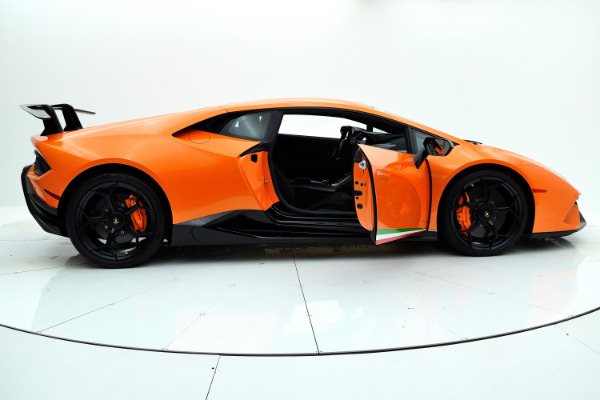 Lamborghini Huracan 2018 For Sale $327335 Stock Number 18L112 8007_p22