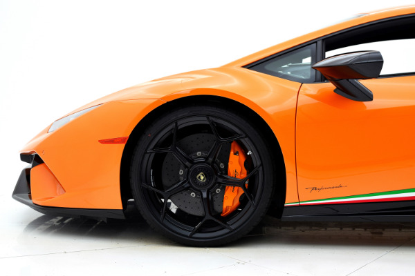 Lamborghini Huracan 2018 For Sale $327335 Stock Number 18L112 8007_p32