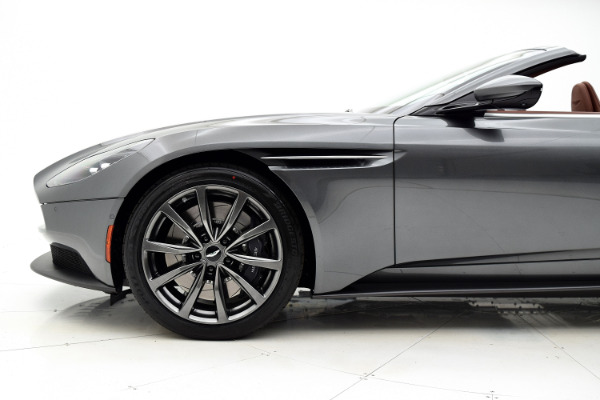 Aston Martin DB11 V8 2019 Magnetic Silver For Sale $219880 Stock Number 489JI 8665_p28