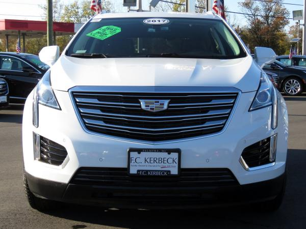 Cadillac XT5 2017 Crystal White Tricoat For Sale $47240 Stock Number 67330K 9560_p3
