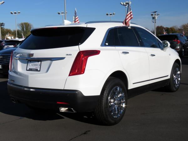 Cadillac XT5 2017 Crystal White Tricoat For Sale $47240 Stock Number 67330K 9560_p7