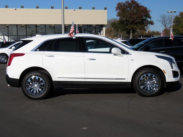 Cadillac XT5 2017 Crystal White Tricoat For Sale $47240 Stock Number 67330K 9560_p8