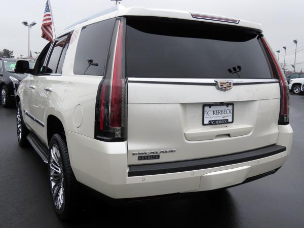 Cadillac Escalade 2015 White Diamond Tricoat For Sale $58849 Stock Number 67417K 9797_p5