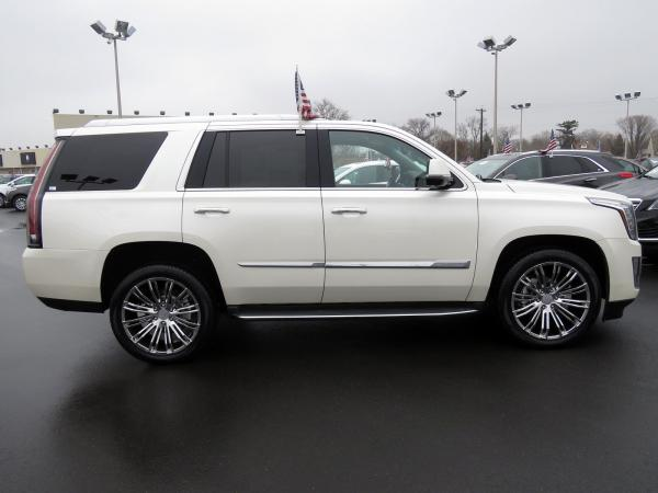 Cadillac Escalade 2015 White Diamond Tricoat For Sale $58849 Stock Number 67417K 9797_p8