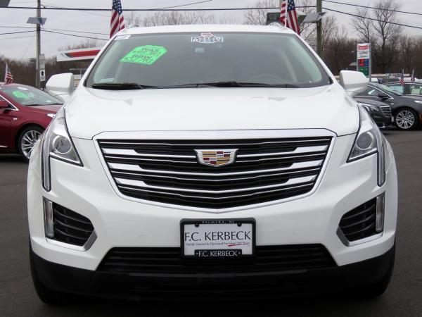 Cadillac XT5 2017 Crystal White Tricoat For Sale $48740 Stock Number 67460K 9935_p3