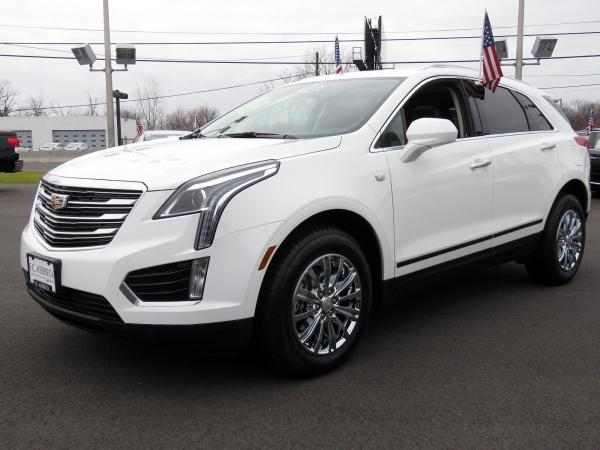 Cadillac XT5 2017 Crystal White Tricoat For Sale $48740 Stock Number 67460K 9935_p4