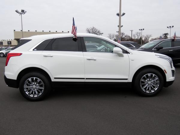 Cadillac XT5 2017 Crystal White Tricoat For Sale $48740 Stock Number 67460K 9935_p8