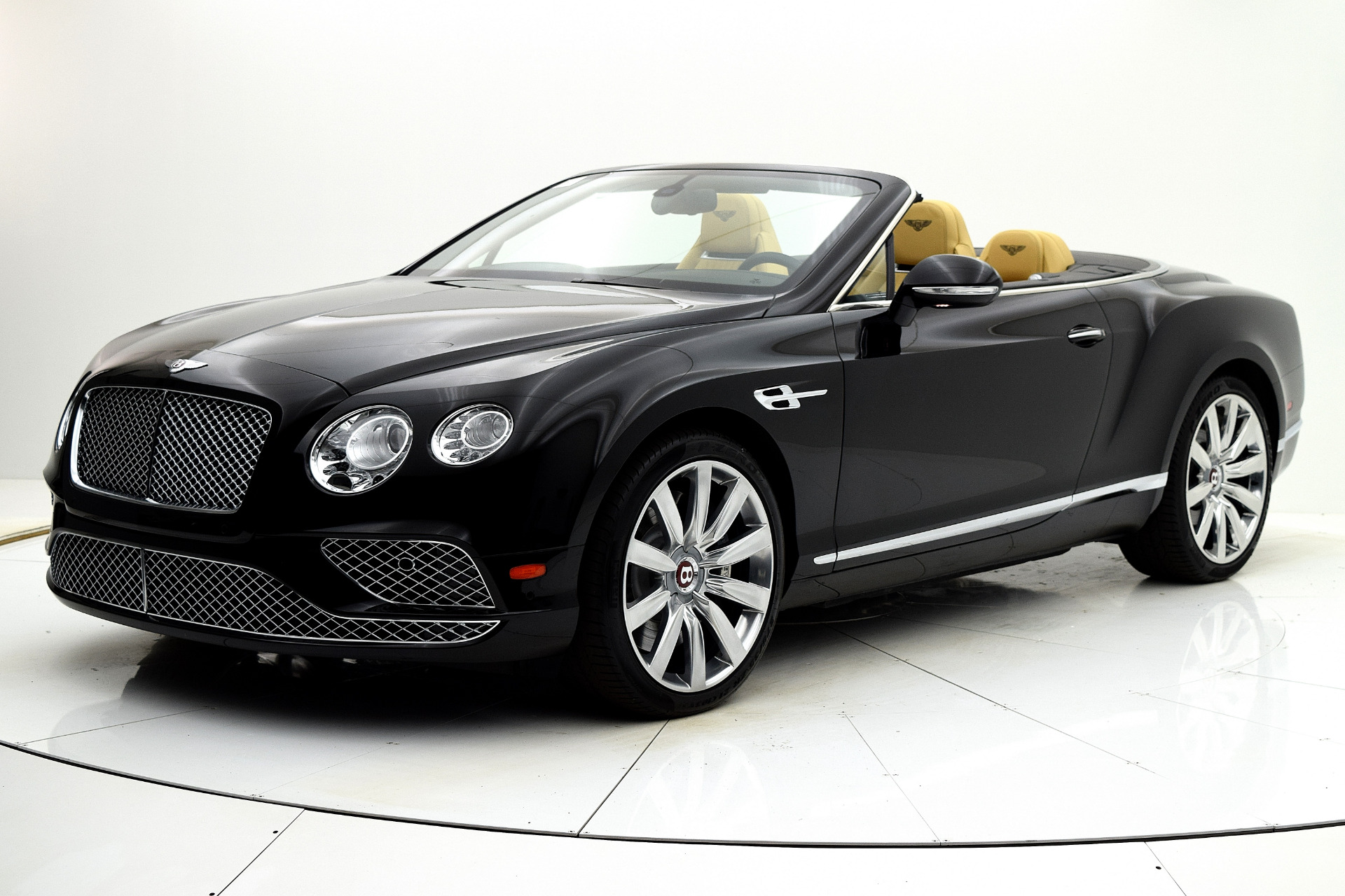 Used 2016 Bentley Continental GT V8 Convertible for sale $159,880 at F.C. Kerbeck Lamborghini Palmyra N.J. in Palmyra NJ 08065 2