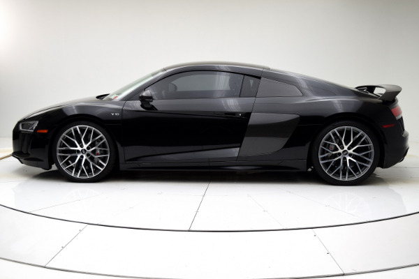 Used 2017 Audi R8 Coupe V10 plus for sale $135,880 at F.C. Kerbeck Lamborghini Palmyra N.J. in Palmyra NJ 08065 3