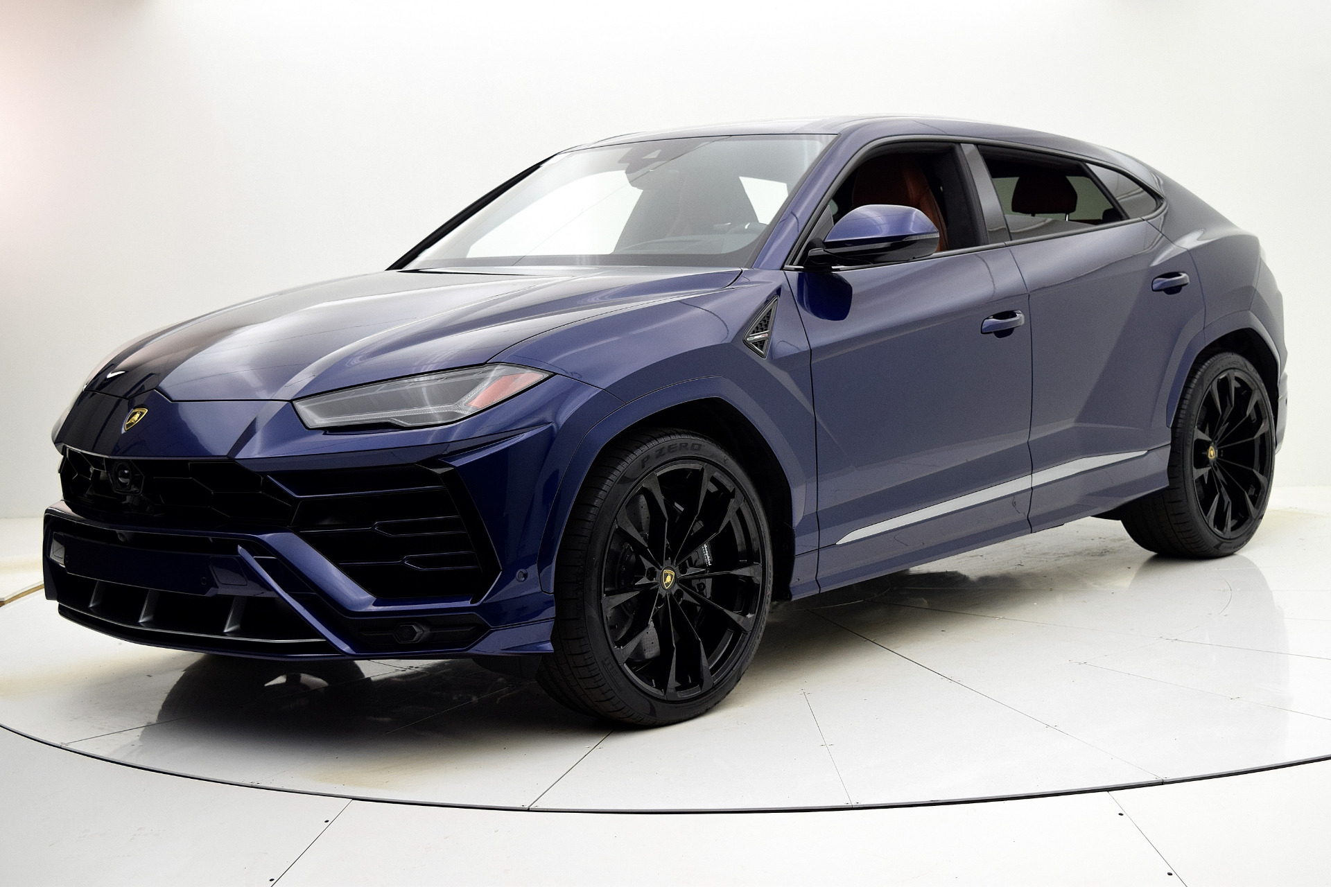 New 2020 Lamborghini Urus for sale $242,514 at F.C. Kerbeck Lamborghini Palmyra N.J. in Palmyra NJ 08065 2