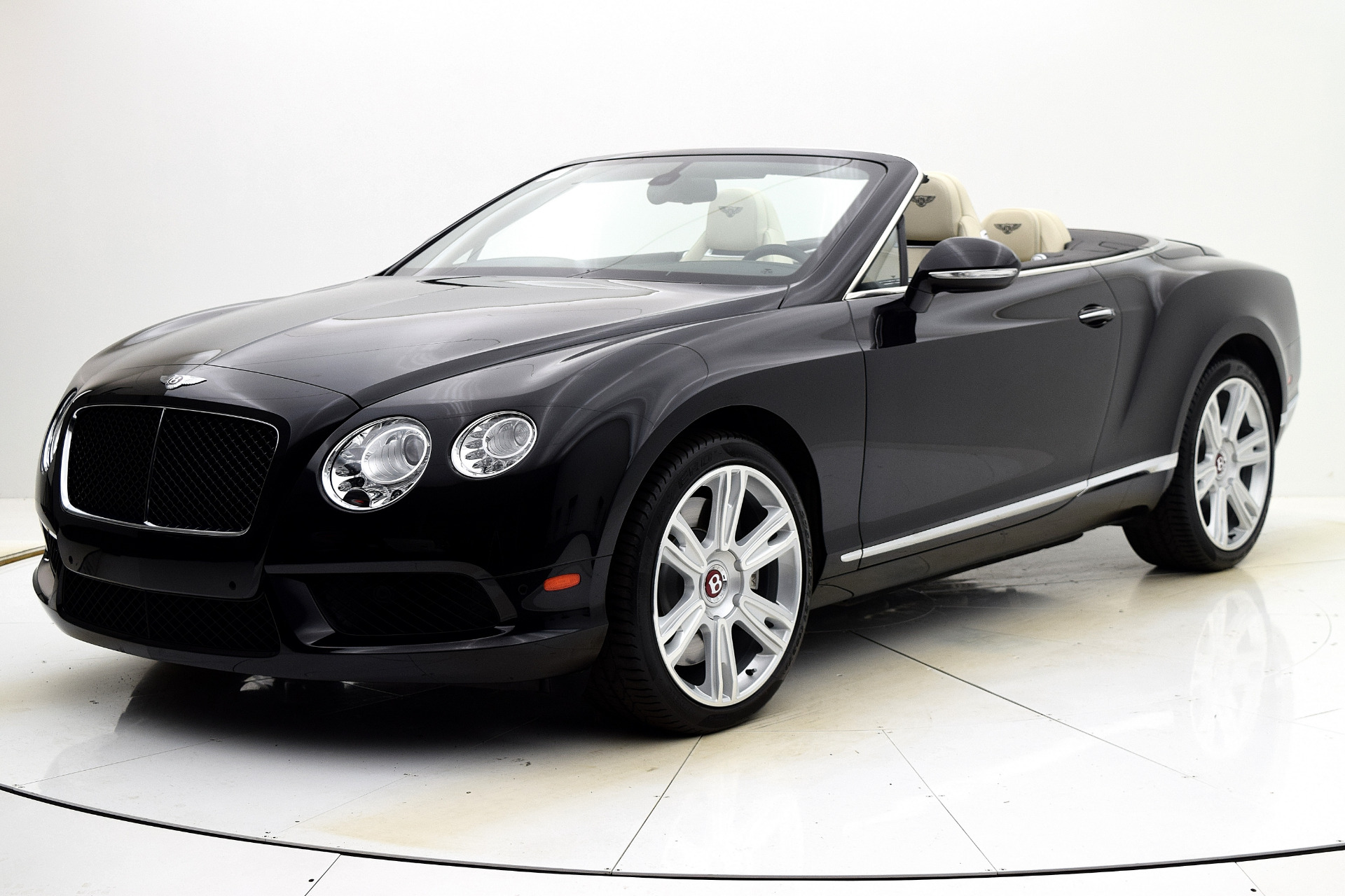 Used 2014 Bentley Continental GT V8 Convertible for sale Sold at F.C. Kerbeck Lamborghini Palmyra N.J. in Palmyra NJ 08065 2