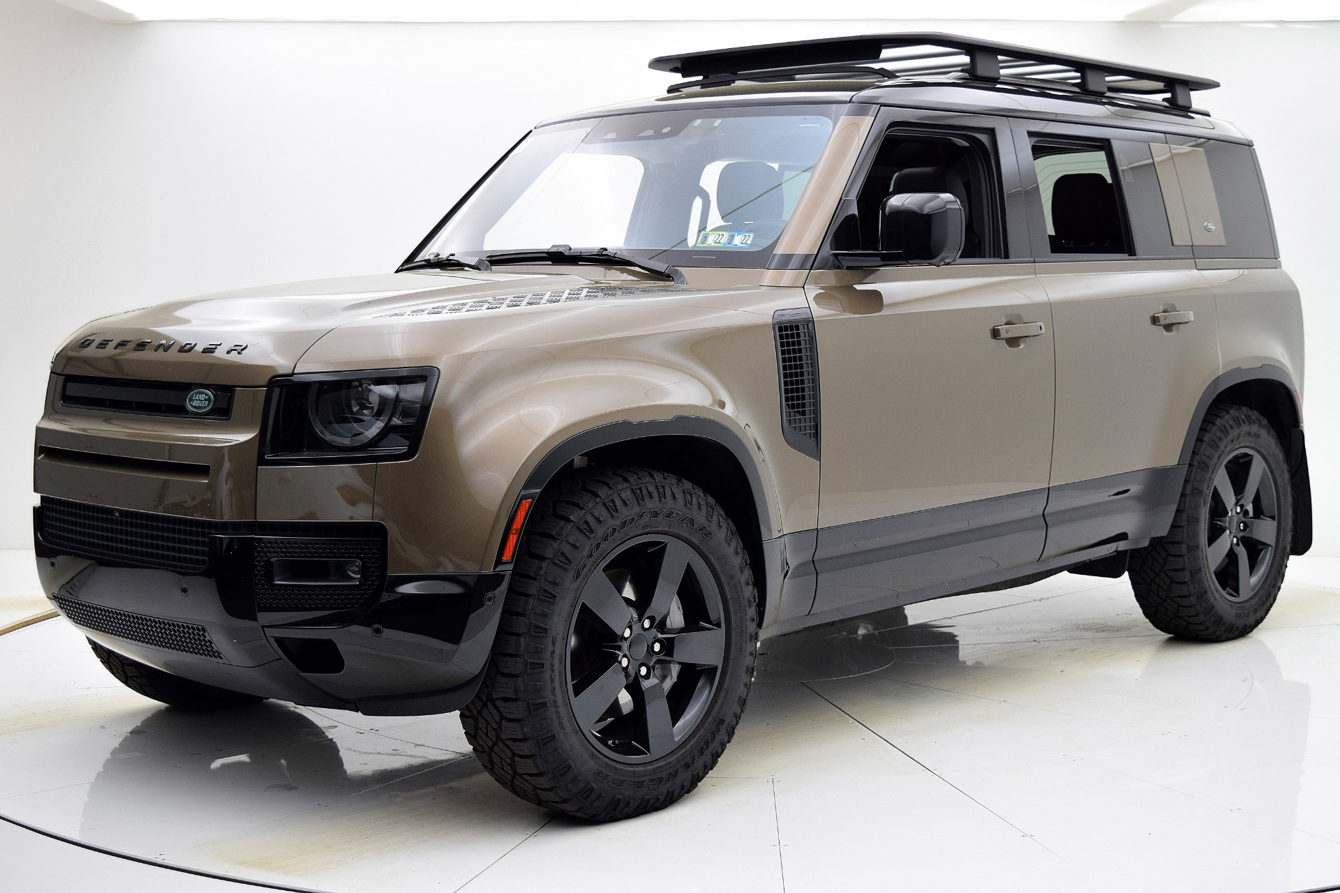 Used 2020 Land Rover Defender First Edition for sale $74,880 at F.C. Kerbeck Lamborghini Palmyra N.J. in Palmyra NJ 08065 2