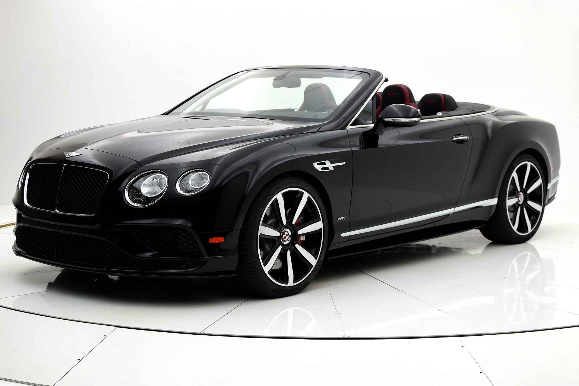 Used 2017 Bentley Continental GT V8 S Convertible for sale $169,880 at F.C. Kerbeck Lamborghini Palmyra N.J. in Palmyra NJ 08065 2