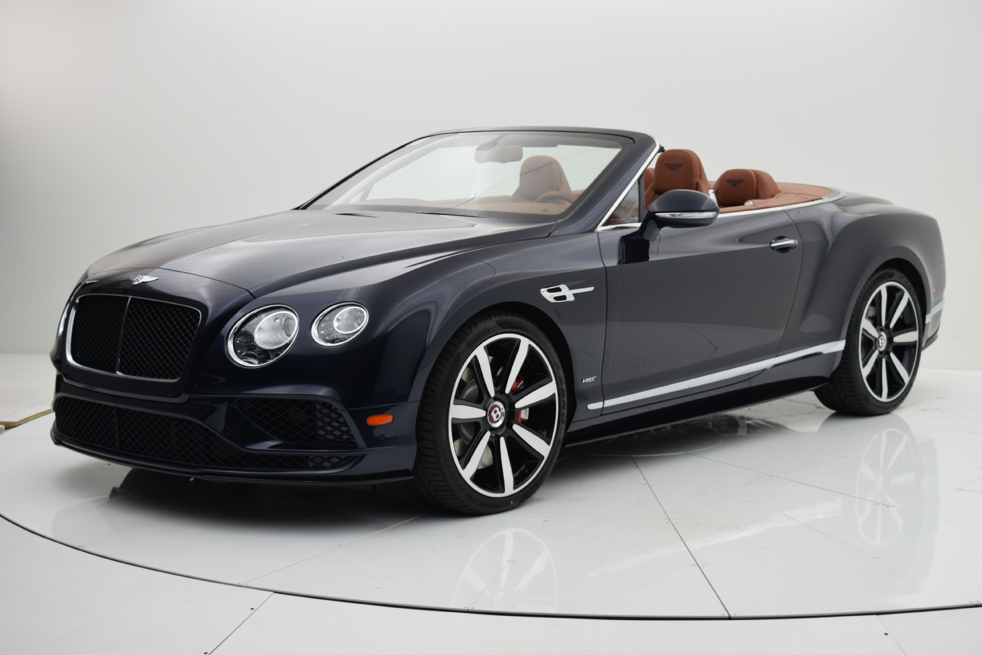 Used 2016 Bentley Continental GT V8 S Convertible for sale $152,880 at F.C. Kerbeck Lamborghini Palmyra N.J. in Palmyra NJ 08065 2