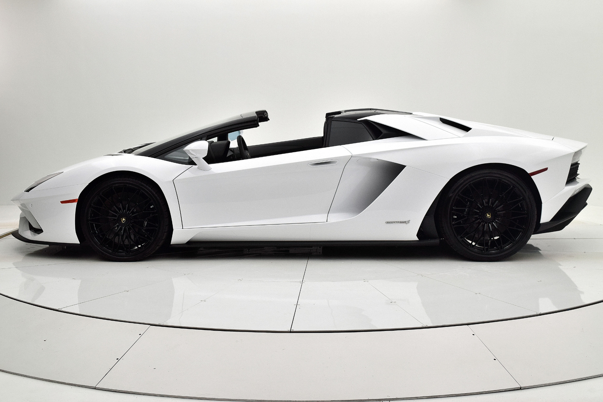 New 2019 Lamborghini Aventador S Roadster For Sale 525 017 F C Kerbeck Lamborghini Palmyra N J Stock 19l100