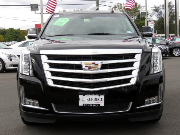 Used 2018 Cadillac Escalade Luxury for sale Sold at F.C. Kerbeck Lamborghini Palmyra N.J. in Palmyra NJ 08065 3